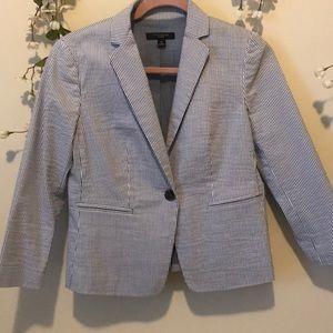 Ann Taylor mid sleeve length jacket